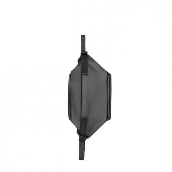 Isarau Small Obsidian Black